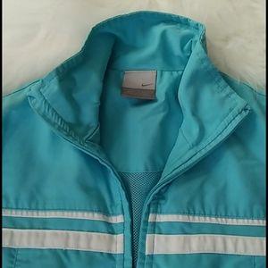 Nike - Form Fitting Jacket